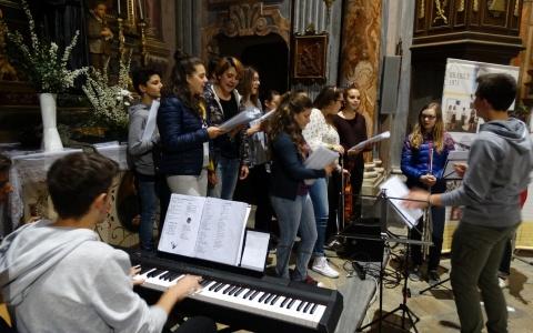 Coro e orchestra giovani