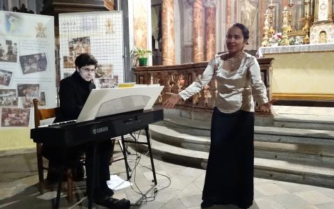 Suma Mellano mezzo soprano 4